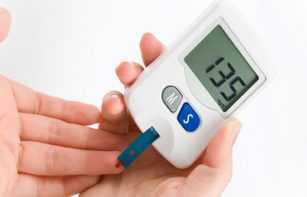 What is diabetes? What is type 2 diabetes? And what are the risk factors?